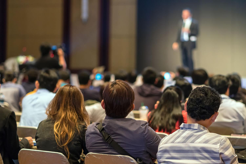 CONFÓRMATE: Aprende a emocionar a tu audiencia